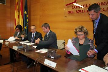 Moment de la signatura del conveni a Terrassa