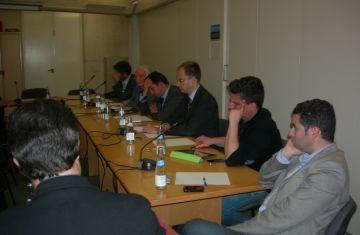 Els grups d'esquerra insten l'Ajuntament a millorar la participació dels consells de barri