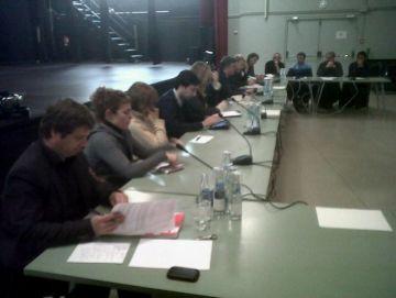 Les línies d'alta tensió i la urbanització de carrers, reptes del nou consell de barri de Mira-sol