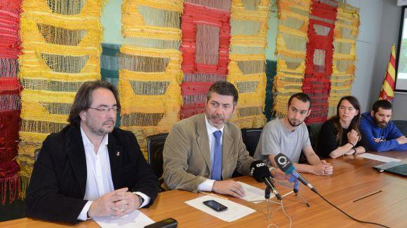Imatge d'arxiu de les tres parts implicades en el projecte en el moment de l'acord / Foto: Localpres