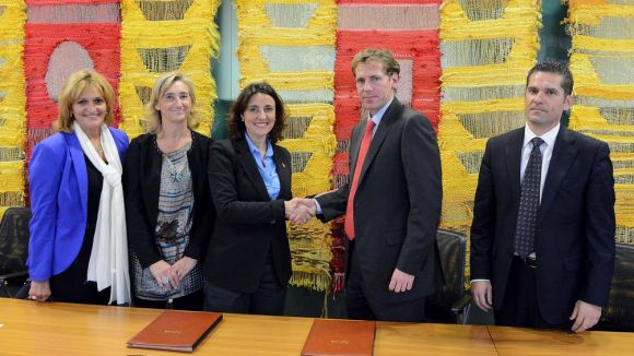 L'Ajuntament i Orpea Ibérica signen un conveni per promocionar el concert de Nadal per a la gent gran