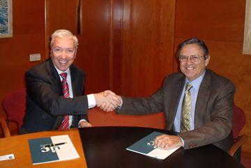 La Cecot i la UIC uneixen esforços en matèria de formació