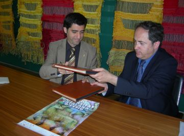 L'Ajuntament concedeix dues beques per assistir a la Universitat Catalana d'Estiu