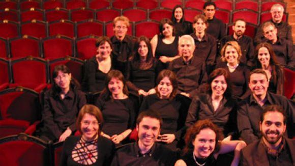 El Cor Aulos celebra 20 anys amb un concert i relleu de la direcció