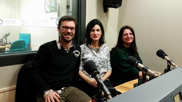 Victor Bazán, Vanesa González i Ángeles Díaz del cor amb components santcugatencs Backline.