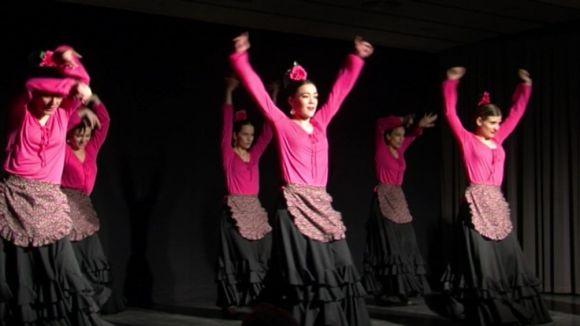 Una festa popular al CPA reivindica les arrels de la comunitat andalusa