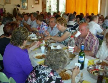El tradicional 'potaje' permet acostar posicions entre el CPA i l'Ajuntament