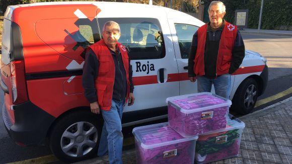 L'EMD de Valldoreix entrega roba i material esportiu per a la campanya 'El Rober'   de Creu Roja