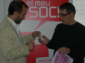 Creu Roja premia amb 20 grams d'or a un dels guanyadors del Sorteig de l'Or