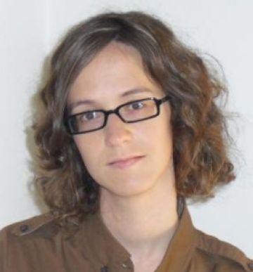 La periodista Cristina Cullell publica una tesi sobre la regulació de l'espai radioelèctric