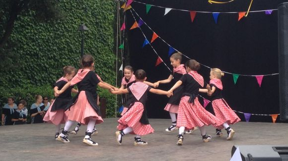 L'Escola de Dansa del Grup Mediterrània tanca el curs amb les exhibicions de la trentena d'alumnes