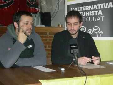 Aniol Pros i Ignasi Bea, durant la presentació de la proposta