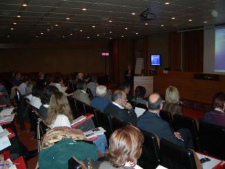 Especialistes vocals participen en un curs de fonocirurgia a l'Hospital General de Catalunya