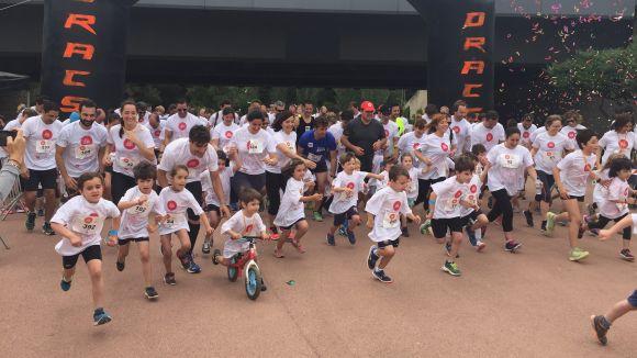 La cursa 'Run for children' recapta 8.000 euros per investigar la micròtia