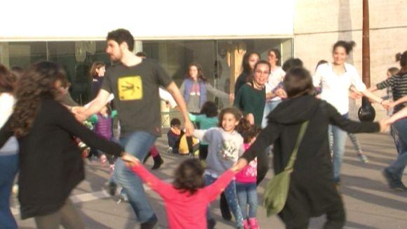 L'Esbart i el Grup Mediterrània sumen esforços per acostar a tothom la dansa popular