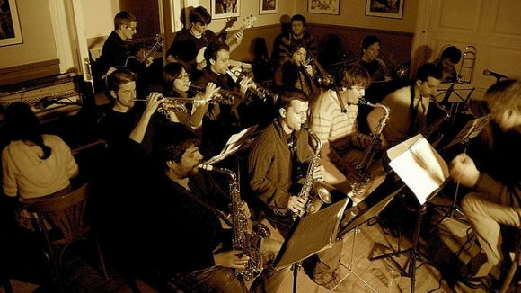 David Mengual Free Spirits Big Band reprén els vermuts musicals