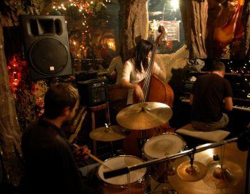 David Mengual Maitia Trio torna a les jams sessions de Jazzenviu