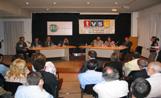 La Casa de Cultura es va omplir de públic per seguir el debat de candidats