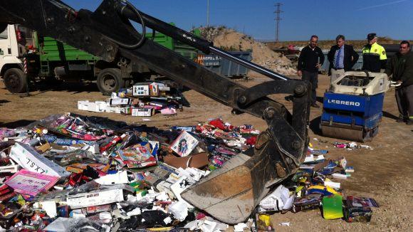 La Policia Local destrueix el material decomissat a les operacions Tió i Banús
