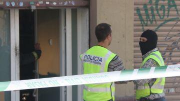 Registres a domicilis de Sant Cugat en l'operació policial contra els Àngels de l'Infern
