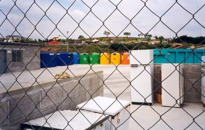 La segona deixalleria ocupa 372 m2 d'una pastilla de terreny de més de 5.000.