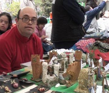 Les entitats per a discapacitats commemoren la seva diada a la plaça dels Quatre Cantons