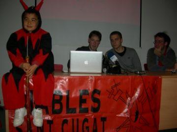 La colla de Diables celebra els seus 20 anys amb els Diablons, els Tabalers i una nova imatge corporativa