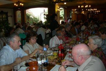 Més de 130 persones participen en el 16è aniversari del Col·lectiu de la Gent Gran de Mira-sol