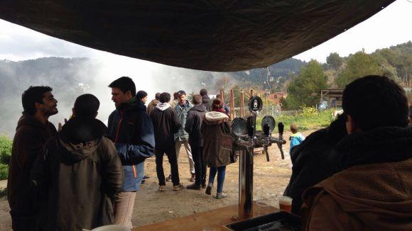 Una iniciativa santcugatenca reuneix material per als refugiats de Calais