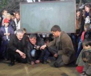 'Divendres' demana la participació dels santcugatencs en la visita a la ciutat