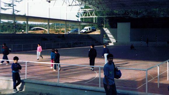 Imatge històrica del pavelló de Can Llobet / Font: Documental Olímpyc Floresta