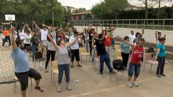 Una quarantena de persones s'uneixen per a l'espectacle 'Dreams' de Festa Major