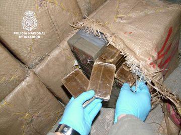 Vuit anys de presó per a un santcugatenc que transportava haixix del Marroc