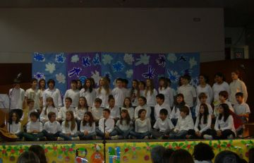 Les escoles públiques celebren el Nadal a ritme de nadales