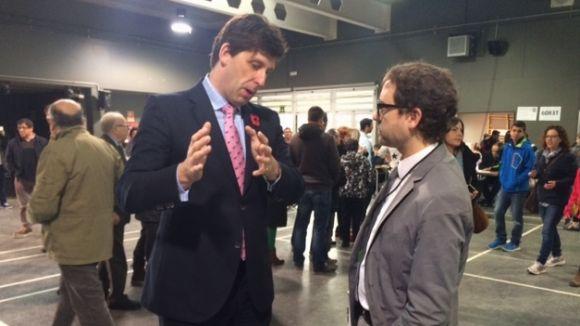 El portaveu de la delegació internacional al 9N, Ian Duncan, visita Sant Cugat