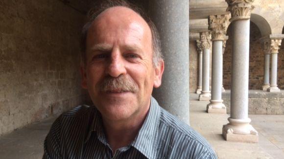 E.Sanjuán: 'Hem de denunciar els botxins de les guerres i deixar la neutralitat fictícia'