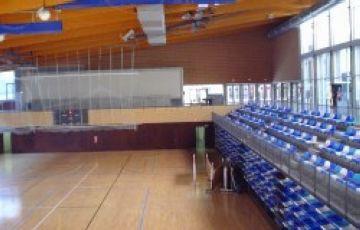 Topada entre CCOO i l'Ajuntament per la contractació de conserges esportius
