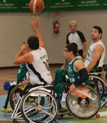 Bàsquet sobre cadira de rodes a l'Europa de la mà del DKV Gam Joventut i la Fundació UESC