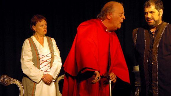 Punt i Seguit porta l'amor i la intriga a la Mostra de Teatre de Valldoreix