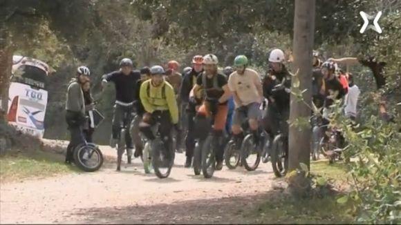 'El temps oportú' s'endinsa dins el món del monocicle