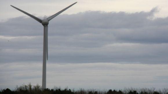 Per complir els objectius de reducció de carboni, caldrà promocionar les energies renovables / Foto: ACN