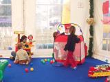 Els nanos han participat activament en els tallers del matí.