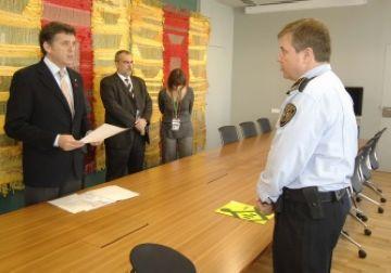 Escarré pren oficialment possessió del càrrec de inspector en cap de la Policia Local