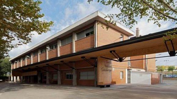 L'escola Catalunya ampliarà el pati i permetrà l'ús de la pista coberta al complex esportiu de Mira-sol