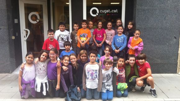 Els alumnes de l'Escola Joan Maragall descobreixen la ràdio de prop