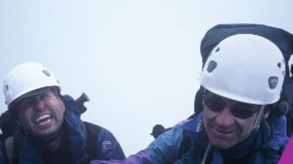 L'alpinista local Juan Carlos Vázquez presenta '¡Estamos en la cumbre!'