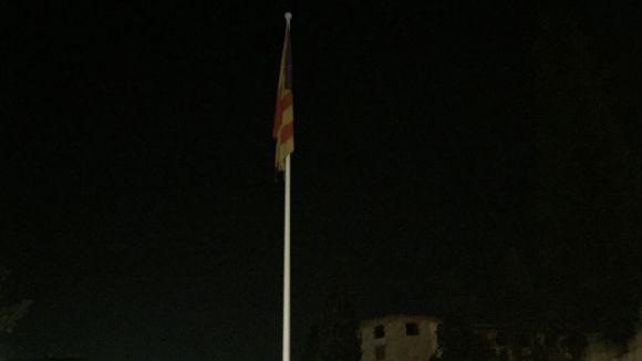 L'Ajuntament retira l'estelada de la plaça de Lluís Millet, però la ubica a la plaça d'Octavià