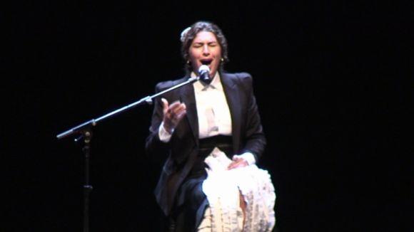 La 'cantaora' en la seva actuació al Teatre-Auditori