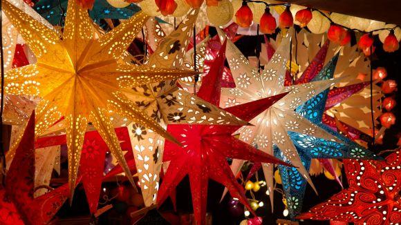Regals immaterials i decoracions amb materials vells, consells per a unes festes més sostenibles