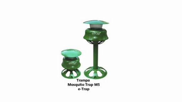 L'empresa santcugatenca E-trap elimina els mosquits de les zones exteriors